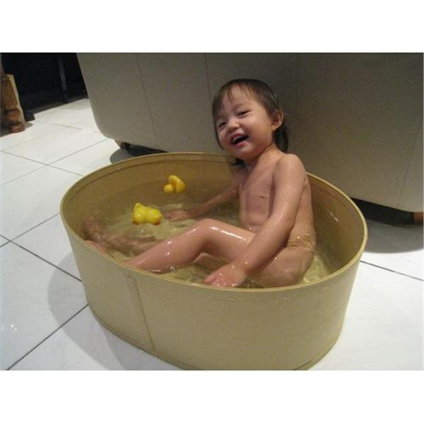 Babytub-01, 嬰兒浴缸-01-甘氏貿易有限公司