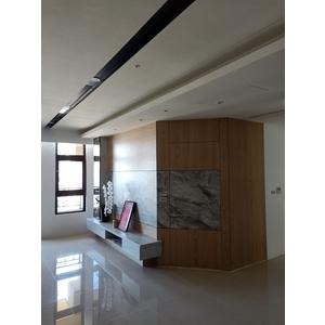 客廳電視牆面加隱藏門 - 司達室內裝修有限公司