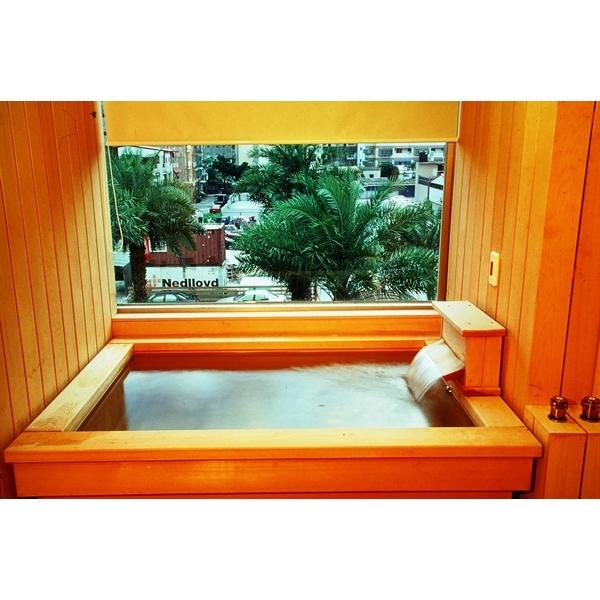 台檜檜木浴缸-偉彤工程企業有限公司