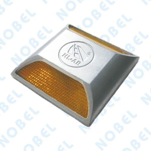 鋁合金導標-雙黃-碩立停車設備股份有限公司