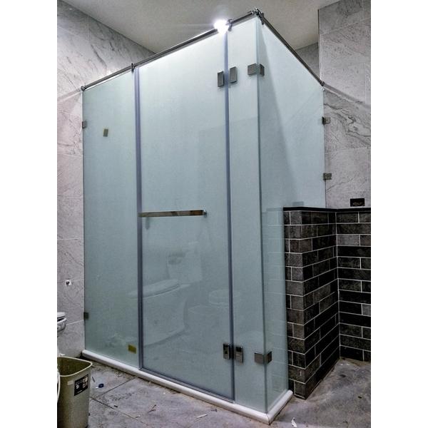 淋浴拉門-潔立國際衛浴建材有限公司