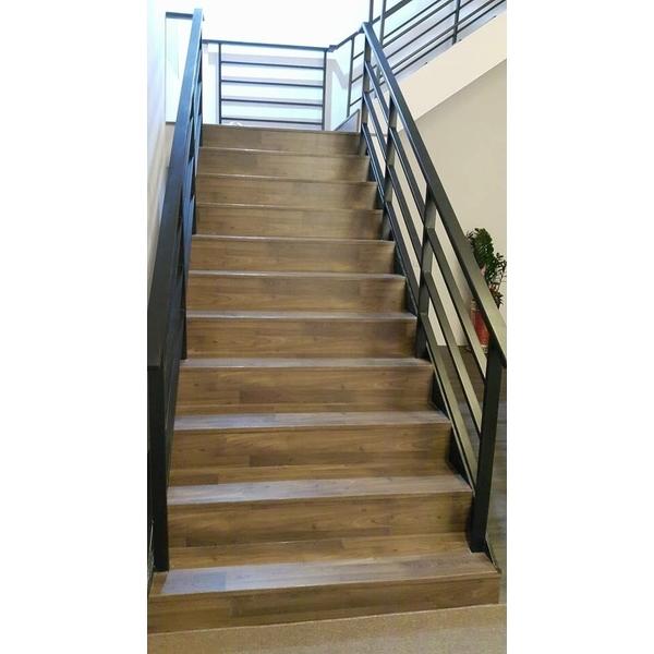 木地板樓梯-森暘超耐磨地板公司