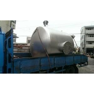 保溫桶運送過程 - 節能王儲熱儲冷容器設備有限公司