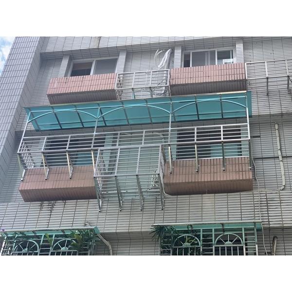 鐵窗+冷氣籠