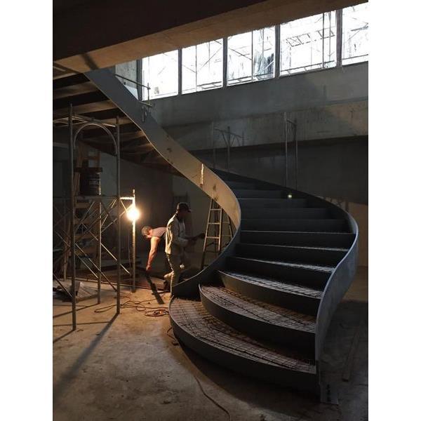 嘉廷旋梯-1