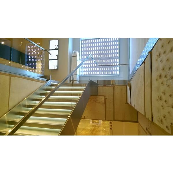 樓梯扶手及包板1