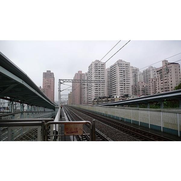 台鐵汐止段高架鐵路