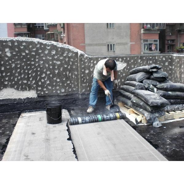 礦石面4mm柏油熱熔毯防水工程施工