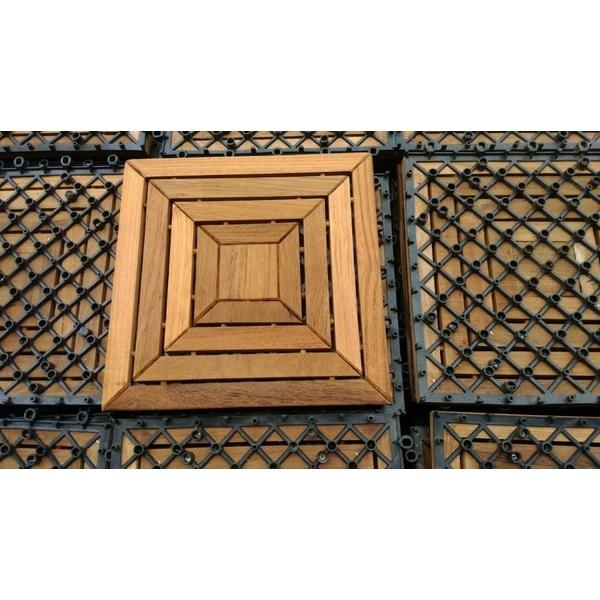 拼街地板施做木材防水透氣漆
