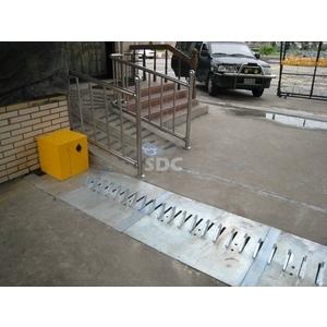 豹牙機/地刺/阻刺 - SDC盛鐽電子有限公司