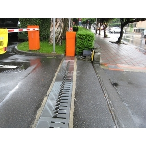 阻車閘/阻車閘 - SDC盛鐽電子有限公司