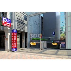 停車設備/車牌辨識系統 - SDC盛鐽電子有限公司