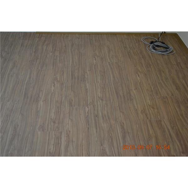 美耐板超耐磨地板 渡假風系列-峇里島赤松 (1024x683)