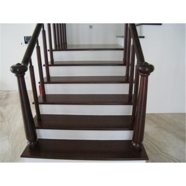 樓梯腳踏板-同毅地板木業有限公司
