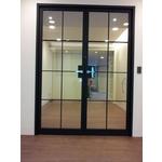 金屬造型玻璃門