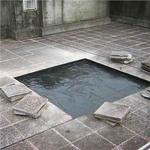 磨石磚下方防水層的裂縫補修