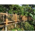 黃金柚木欄杆、棧道