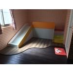 遊戲室木地板