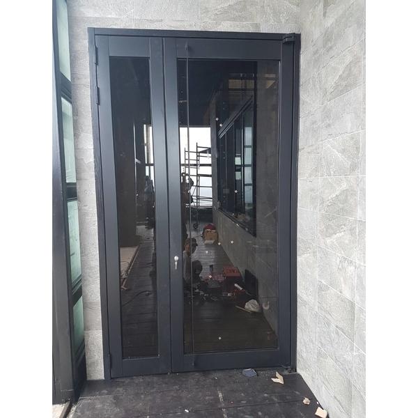 玻璃門1-榮業鋼鋁工程行