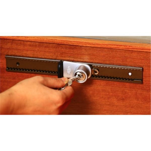 日本GUARD拉門安全鎖(鑰匙型)業界首創-大有興有限公司