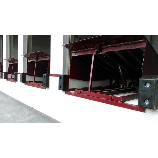 油壓架橋月台-澄福機械工業有限公司