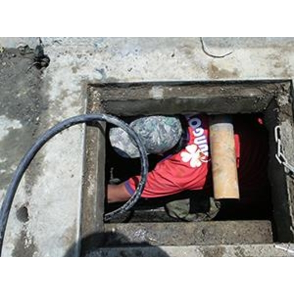 排水溝疏導
