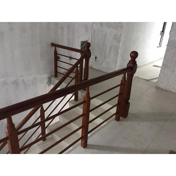 木製樓梯扶手